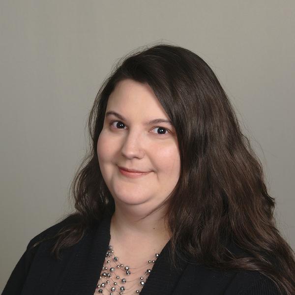 Becky Glombowski's Headshot