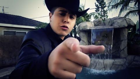 Alex Villa - Adicto a ti - Videos de Música