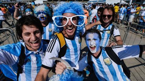 Unidos por un Gol (FIFA Copa Mundial Rusia 2018) - SERIE 2, Ana Victoria Y Coro Kennedy - Serie 2