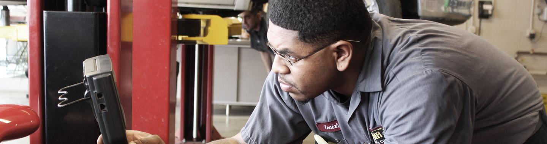 Rad Air Mechanic working