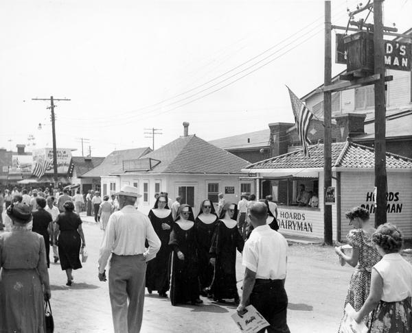 Nuns at the State Fair