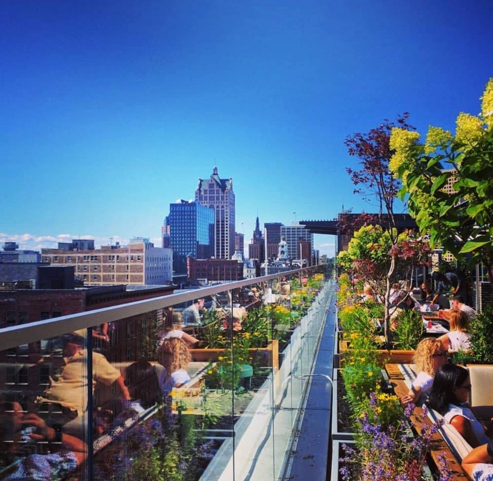 Milwaukee S Best Rooftop Bars And Restaurants For Warm