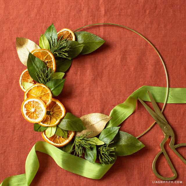 Video: Dried Orange & Crepe Paper Wreath
