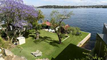 Neighbourhood blues and harbour views: property battles hit Sydney courts