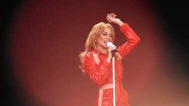 Pop Princess Kylie gets her disco groove on