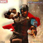 Mezco Thor Ragnarok 5