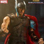 Mezco Thor Ragnarok 4