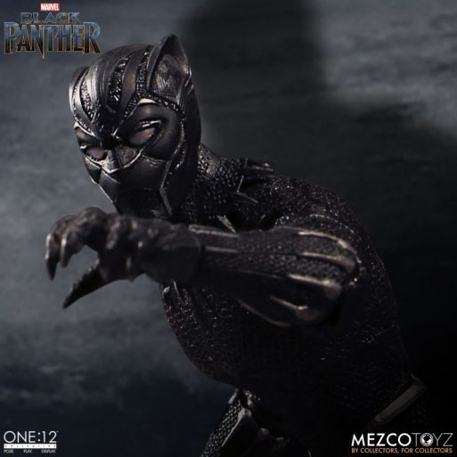 Mezco One12 Black Panther 6
