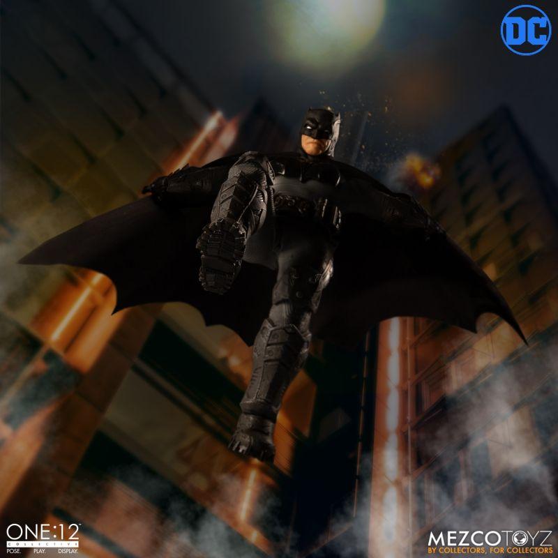 One12 Batman Supreme Knight 7