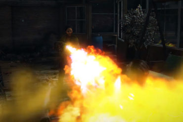 World War Z - flamethrower