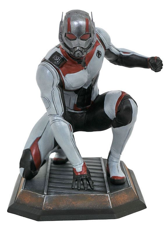 Marvel Gallery Ant Man PVC Diorama Diamond Select 2