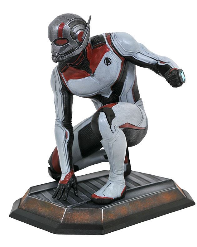 Marvel Gallery Ant Man PVC Diorama Diamond Select 1