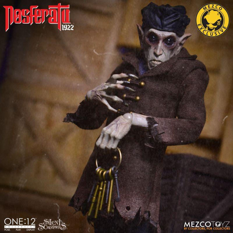 MezcoOne12 Nosferatu 13