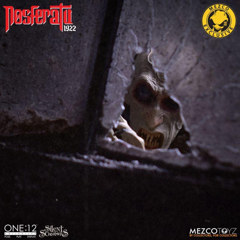 MezcoOne12 Nosferatu 16