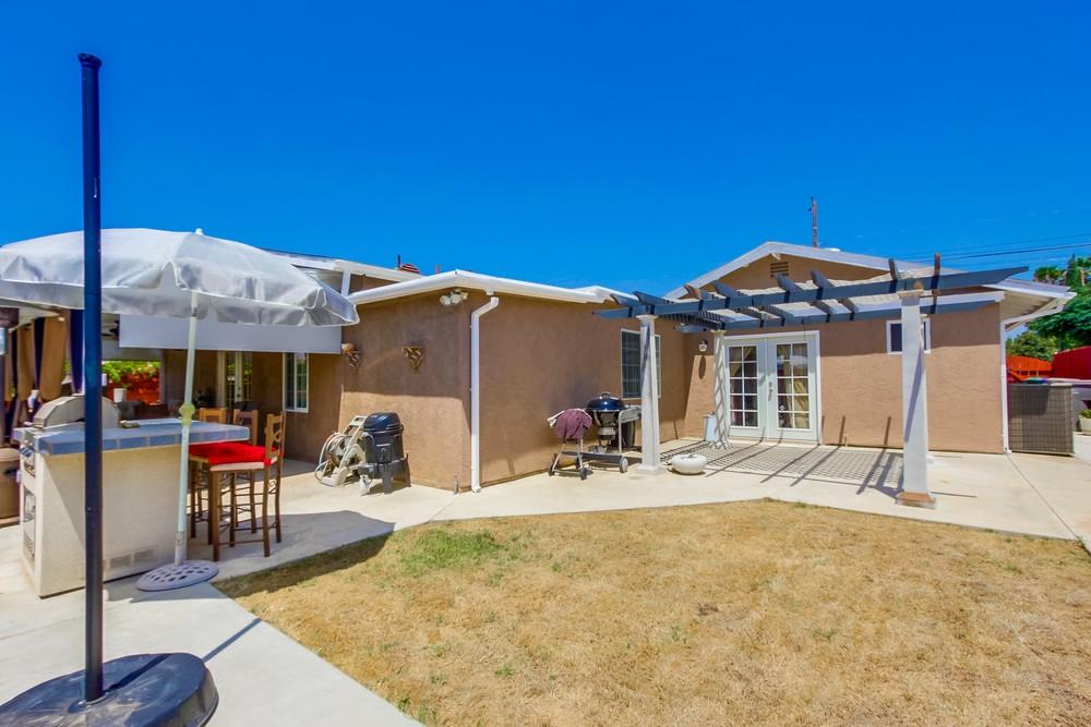 1365 Peach Ave Rancho Photos