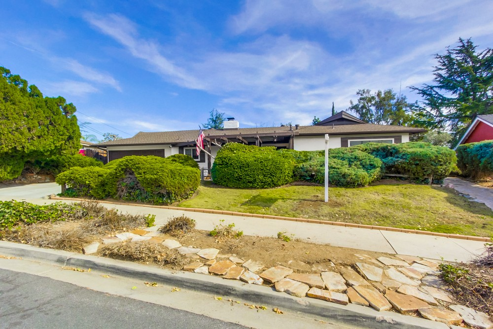 1481 Country Crest Dr | Rancho Photos