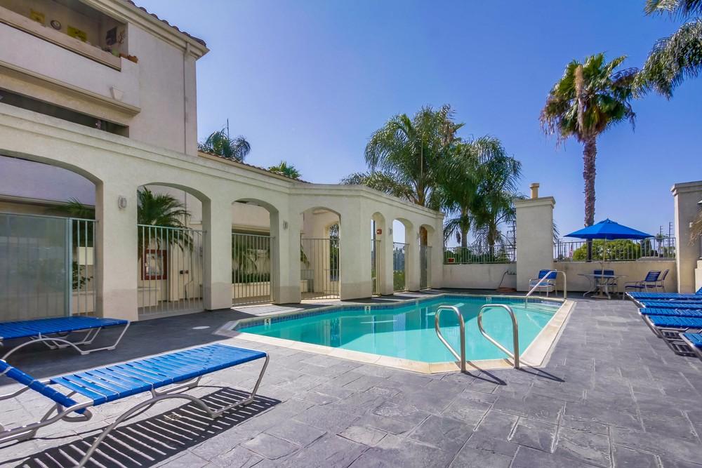 E Anaheim St Long Beach Ca