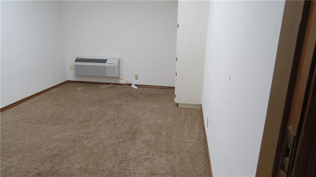 Extra room with a/c down stairs.