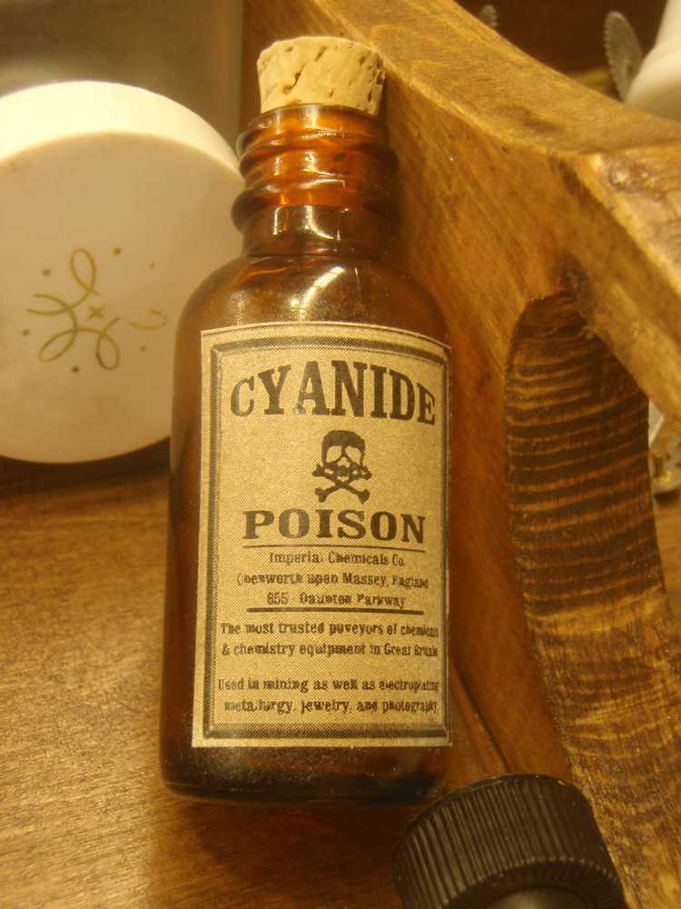 1352873630_Prop_Cyanide_Bottle_by_Steve_1975.jpg