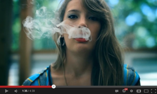 Видео куряших девушек фото 569-99