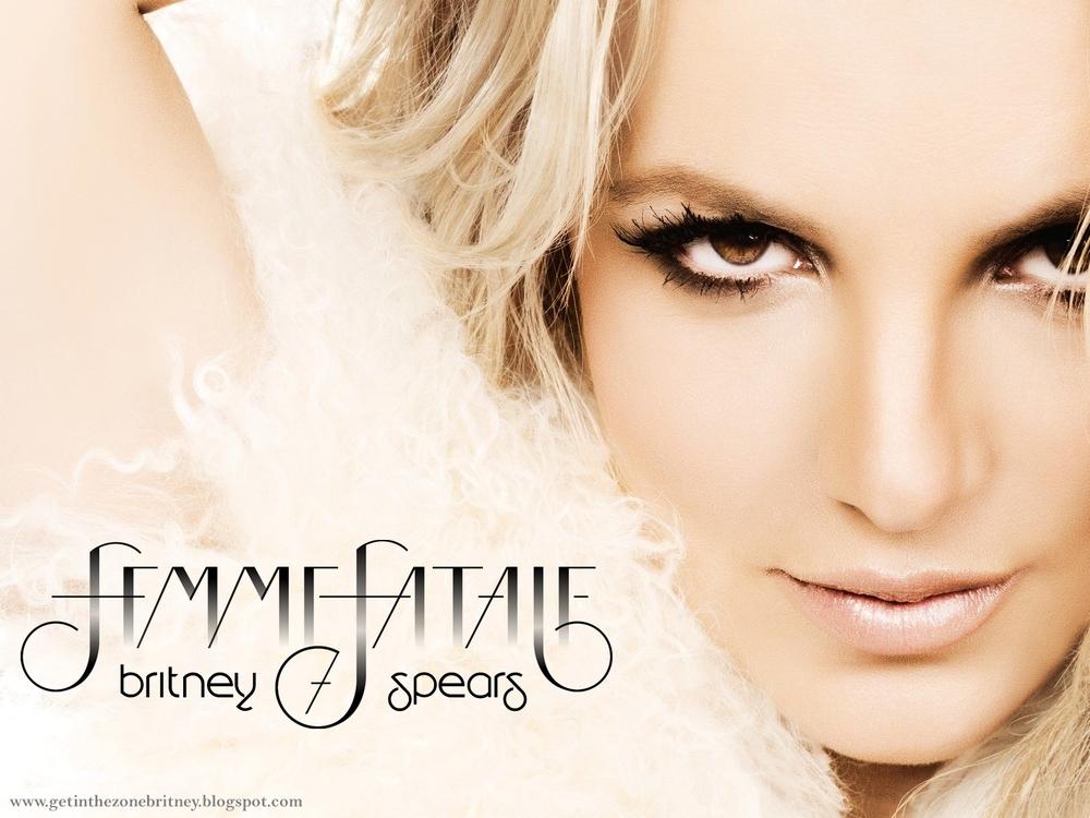 Femme-fatale-2011-britney-spears-33568705-1600-1200