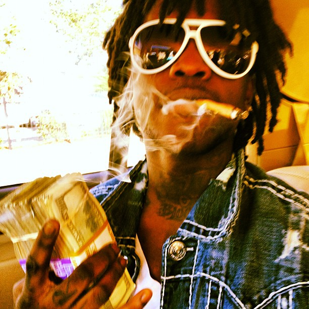 Step out the cut smoking like a chimney – Salty by Chief Keef