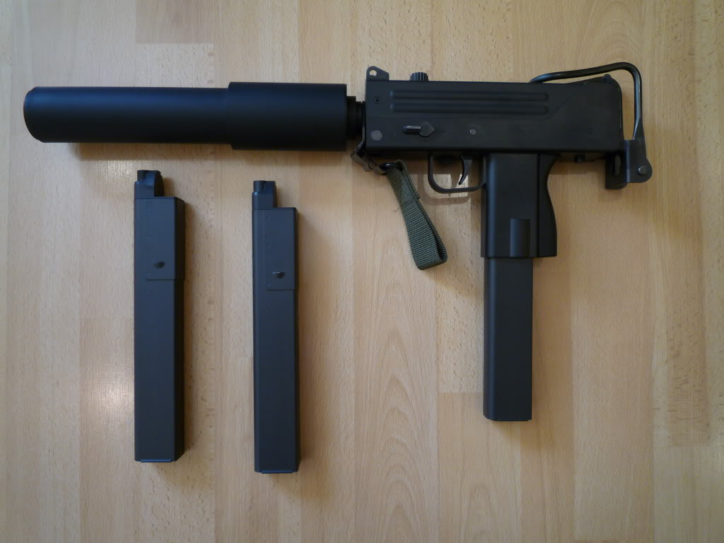 Uzi With Silencer And Extended Clip – images free download