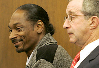 snoop and lawyer