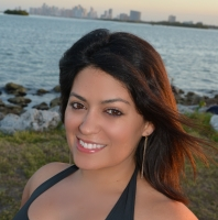 Alina Pineda, a real estate professional in Real-Buzz.com