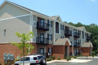 Auburn Student Apartments Bed