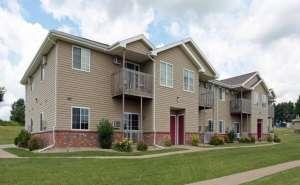 Straight Arrow Apartments | Platteville, Wisconsin