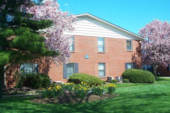Purdue-Apartment-Building-1621.jpg