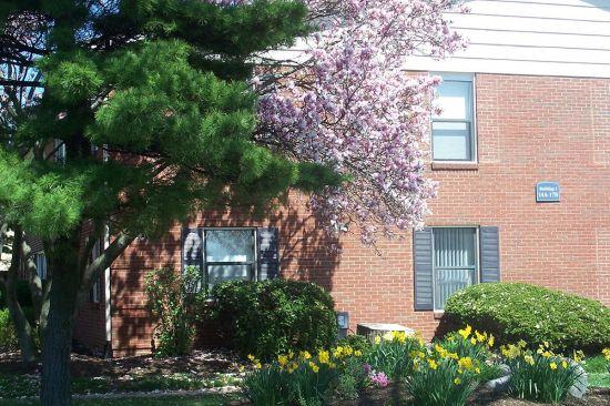 Purdue-Apartment-Building-1623.jpg