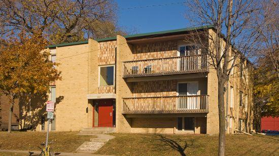UMN-Apartment-Building-844.jpg