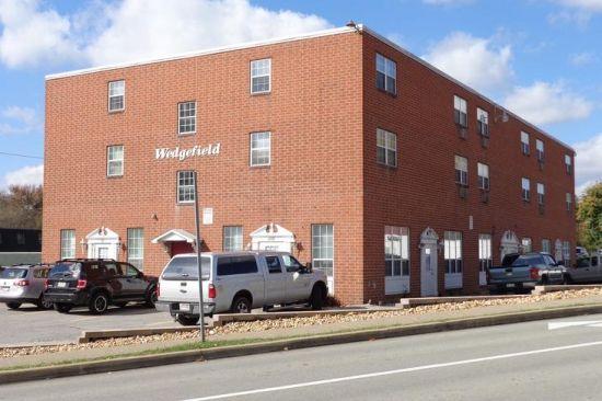 IUP-Apartment-Building-220.jpeg