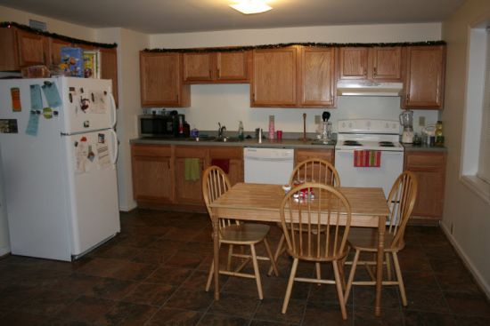 IUP-Apartment-Building-290.jpg