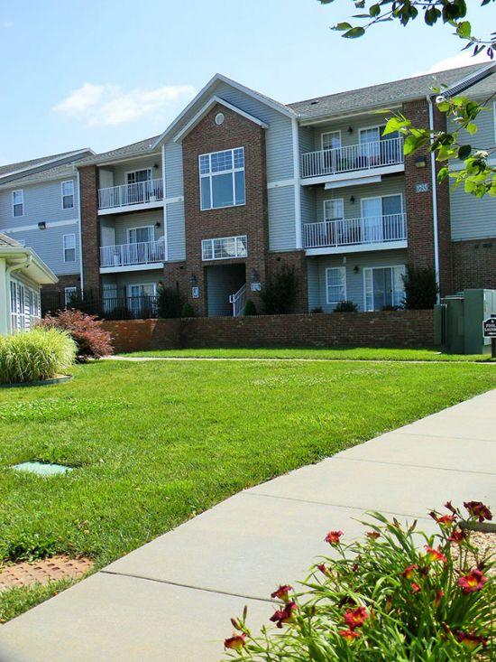 Missouri-State-University-Apartment-Building-159247.jpg