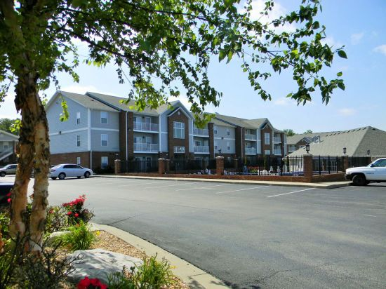 Missouri-State-University-Apartment-Building-159250.jpg