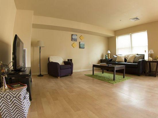 Bloomsburg-University-Apartment-Building-212508.jpg