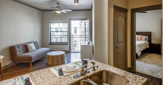 Uptown Square - San Marcos | Rent College Pads