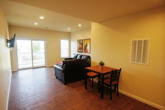 IUP-Apartment-Building-218106.jpeg