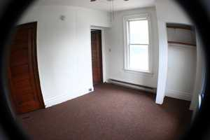 WVU-Apartment-Building-218807.jpg