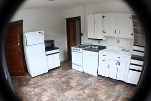WVU-Apartment-Building-218808.jpg