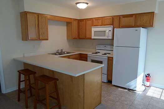 Eastern-Illinois-University-Apartment-Building-248415.jpg