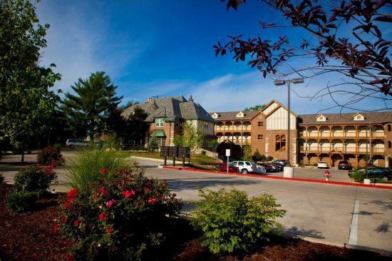 Bedroom Apartment Building at  - 1115 Ashland Rd Columbia, MO 65201 image 4