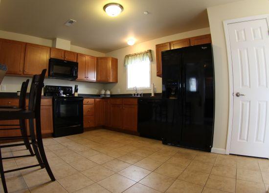 PSU-Apartment-Building-240685.jpg
