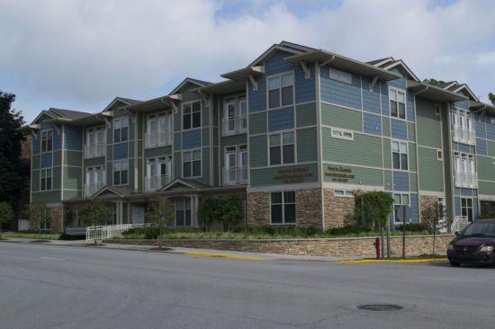 Purdue-Apartment-Building-267754.jpg