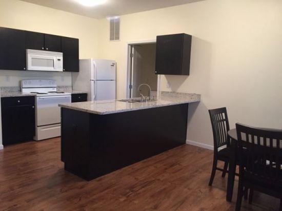 Purdue-Apartment-Building-267755.jpg