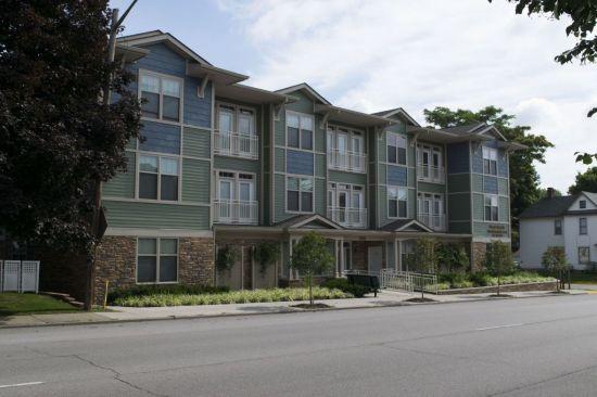 Purdue-Apartment-Building-267780.jpg