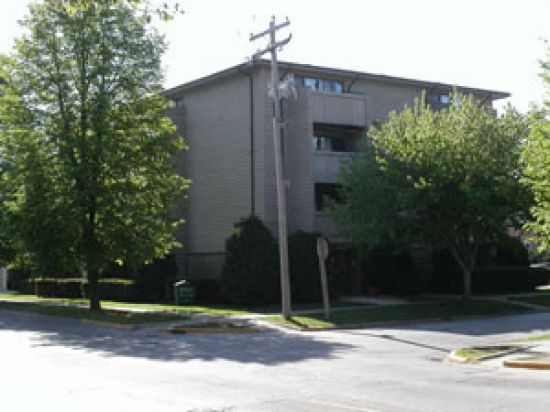 Bedroom Apartment Building at  - 103 East Chalmers Street Champaign, IL 61820 USA image 4
